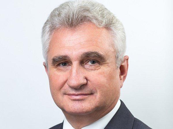 Do druhého kola Senátních voleb se dostal Milan Štěch.