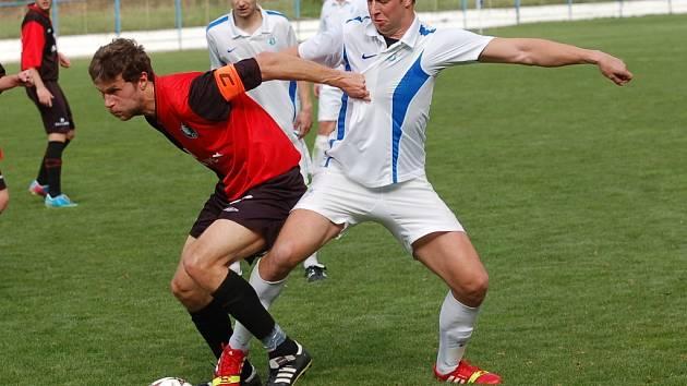 Humpolec za neoprávněný start hráče v derby v Žirovnici přišel o body. Změna výsledku ho nebolí ale tak, jako tresty pro vedoucí družstva.
