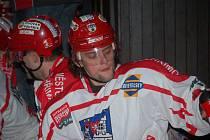 . Jan Hrbatý se ukazuje jako velká posila pelhřimovských hokejistů. Právě on gólem v 55. minutě zařídil vítězství nad Chotěboří