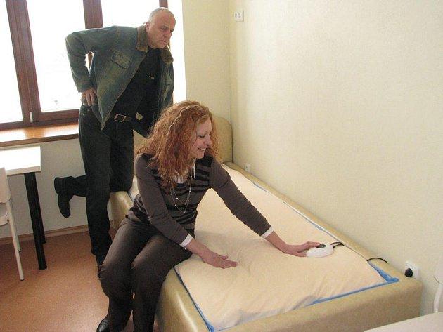 Klienti ubytovaní v novém lukaveckém centru budou mít veškeré myslitelné pohodlí. V takzvané odpočívací místnosti na ně čeká dokonce vodní postel.