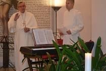 V želivském klášteře zahájili advent svěcením adventního věnce, koncertem, první ochutnávkou zlatého moku a noční prohlídkou.