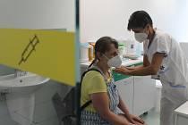 Očkování proti koronaviru, ilustrační foto.