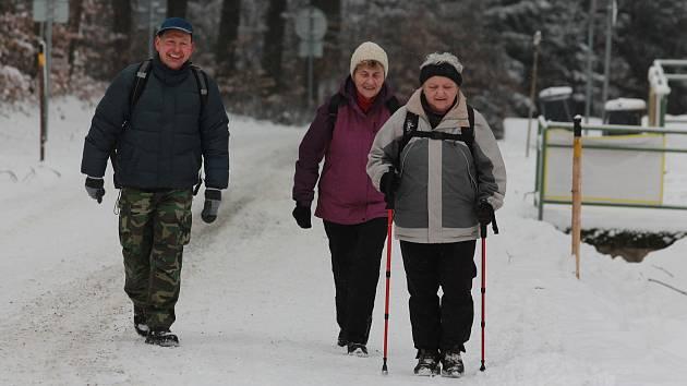 V roce 2016 se legendární lednový turistický pochod konal na sněhu.