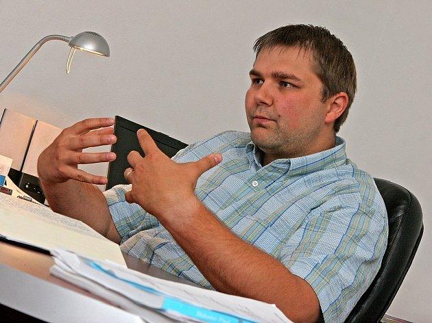 Bible představuje pro studenty teologického semináře naprostý základ. Vladislav Donát (na snímku) zavedl kvůli hlubšímu pochopení významu písma lekce hebrejštiny.