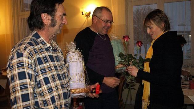 Předávání ocenění Českého červeného kříže dárcům krve