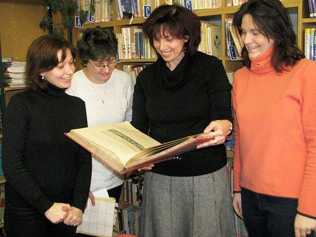 Pracovnice humpolecké knihovny neskrývaly z pochvaly od čtenářů a koneckonců i od radních radost.