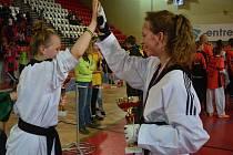 O dvě z šestnácti prvenství se zasloužily Dominika Hronová s Natálií Benešovou.