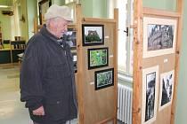 Výstava Karla Pípala, který návštěvníkům svými fotografiemi zprostředkoval nejeden krásný pohled.