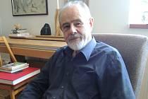 Psycholog Pavel Říčan se za svou kariéru stihl zabývat mnohými tématy, mezi nimi například výchovou dětí, o níž letos v květnu přednášel v pelhřimovské knihovně. Další přednášku s názvem Výchova jako komunikace tam bude mít 29. listopadu.