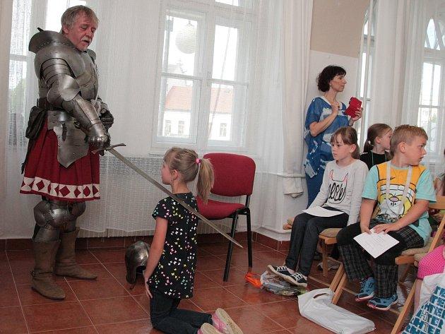 Program se odehrával v literárním klubu humpolecké knihovny.