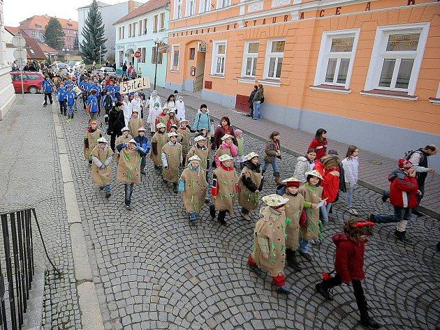 Převážná většina obcí na Pelhřimovsku oslavila masopust o víkendu. Pelhřimovské to čeká v úterý.