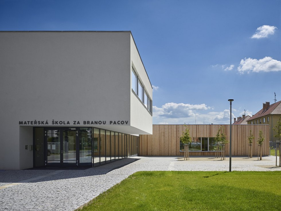 Pacovská školka získala cenu od architektů.