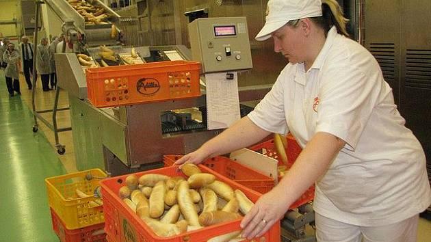 Nová pekařská linka v pelhřimovské Adélce