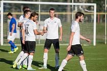 Po více než rok trvající rekonstrukci svého zázemí se fotbalisté Pelhřimova opět vrátili na svůj domovský stánek.