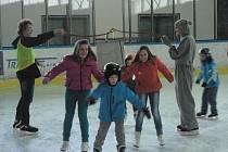 V sobotu si děti na pelhřimovském zimním stadionu zabruslily s Domem dětí a mládeže Pelhřimov.