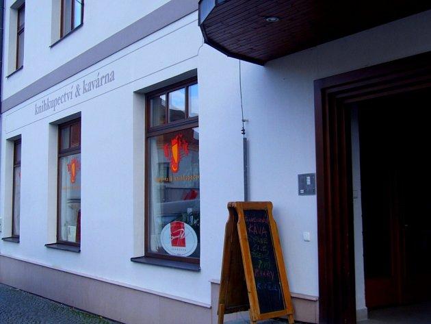 Budova kde sídlí kavárna Tygřík v Pelhřimově
