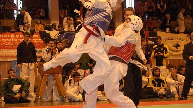 Taekwondisté pořadatelského SK TKD Lacek zářili. Na turnaji vybojovali hned třicet čtyři zlatých medailí.