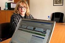 Naďa Urbánková byla hostem v redakci Pelhřimovského deníku a odpovídala na řadu dotazů, vás čtenářů