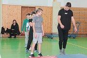 Sobotní parkourový workshop v Humpolci s trenérem Michalem Sladkovským.