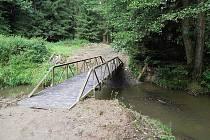 Opravený mostek u Pacova.