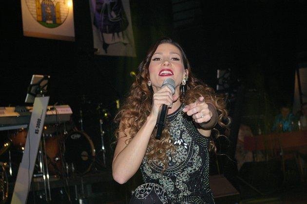 Tereza Kerndlová na Městském plese v Pelhřimově