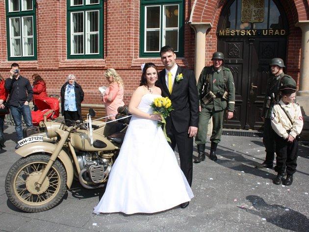 Matriky v květnu zaznamenávají nejmenší počet uzavřených manželství za celý rok, ale i přesto je o svatby v květnu na Pelhřimovsku poměrně velký zájem.