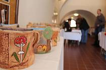 Praktické, ale i dekorativní věci si mohou v těchto dnech prohlédnout i zakoupit návštěvníci výstavy výrobků chráněných dílen.