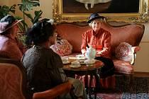 V pátek večer se na zámku v Žirovnici uskutečnily dvě netradiční kostýmované prohlídky v podání tamních ochotníků.