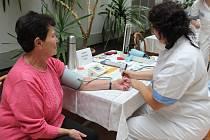 Ke Světovému dni diabetu se ve čtvrtek připojila Nemocnice Pelhřimov.