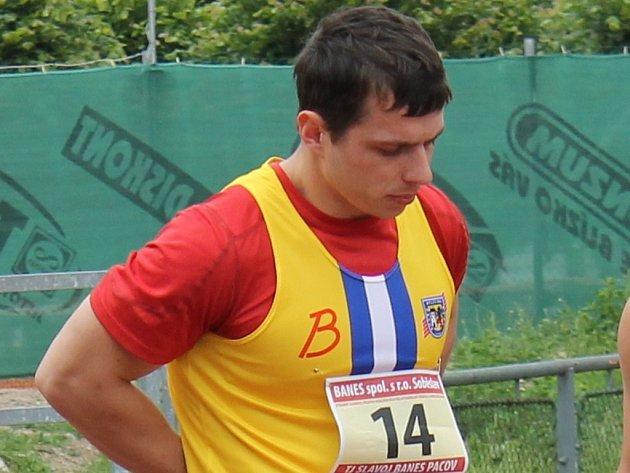 Pod jedenáct sekund stlačil na stovce své osobní maximum sprinter Luboš Novák.