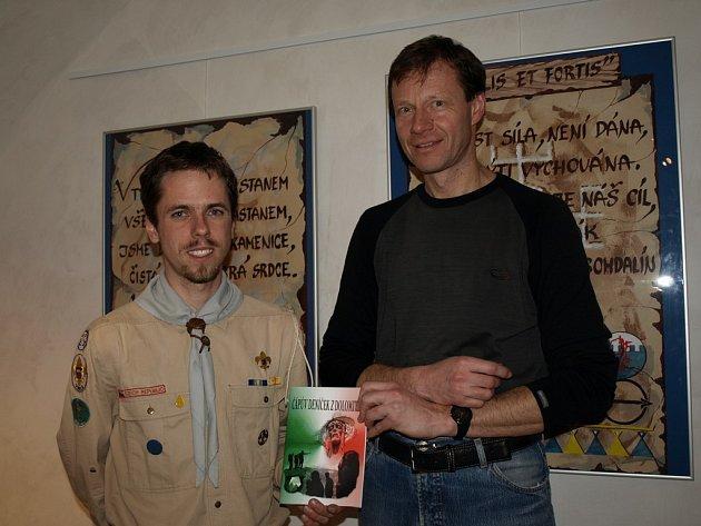 Skauti se zásluhou Jana Smrčky a Michala Plintoviče dočkali zajímavé četby.