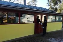 Policejní kontroly chatových oblastí.