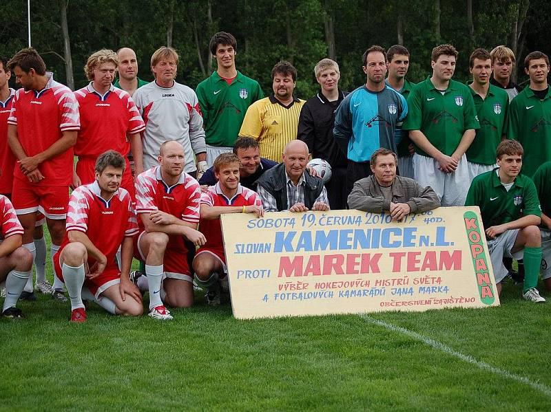 Marek tým. Jan Marek miloval fotbal. Vloni před prázdninami přivezl svůj tým na přátelák do Kamenice nad Lipou.