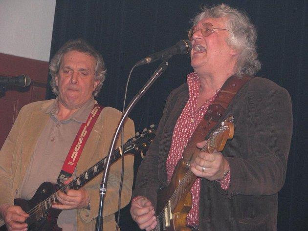 Rocková legenda jménem Odyssea zahrála v sobotu večer v pacovské Sokolovně.