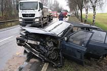 Dvě Škody Felicie se srazily u Zachotína.