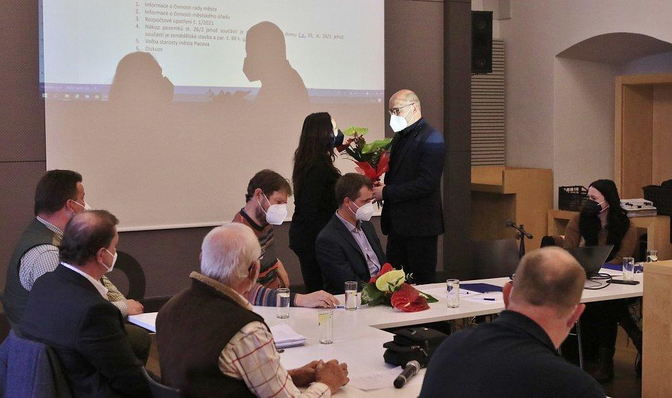 Druhé letošní zasedání zastupitelstva Pacova.