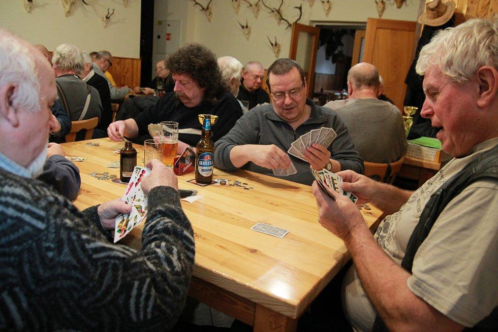 Nový ročník Jihočeské ligy mariáše začal v sobotu 4. ledna v Horní Cerekvi.