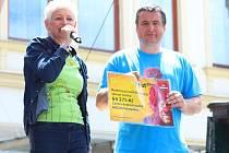 Celkem 64275 korun utratili za pivo návštěvníci humpoleckého hudebního festivalu Bernard Fest minulý čtvrtek, kdy na pódiu vystupovali regionální interpreti.