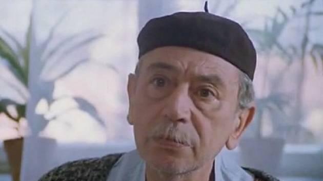 Jiří Lír jako hostinský Rambousek.
