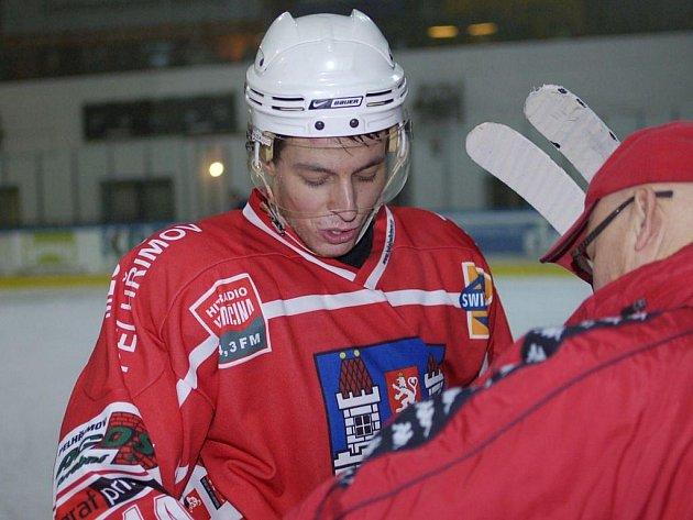 Daniel Vrdlovec podává v pelhřimovském dresu skvělé výkony. V zápase s Kolínem zářil a po zásluze byl vyhlášen nejlepším hráčem svého týmu.