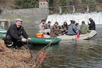Vodáci v sobotu odemkli řeku Želivku.