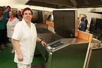 Zrekonstruovaná kuchyně školní jídelny v Základní škole Osvobození Pelhřimov byla slavnostně otevřena v pátek 30. srpna.