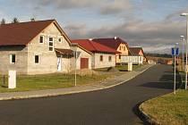Metr čtvereční zasíťované parcely v této ulici stál symbolických sto padesát korun.