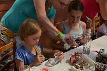 Devátý ročník kamenického Hračkobraní opět nabídl bohaté vyžití, při němž si na své přišli jak malí, tak i velcí milovníci hraček.
