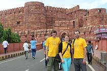 V Indii se tříčlenná výprava z humpoleckého gymnázia účastnila celosvětové konference programu Globe a po jejím skončení se vydala za památkami.