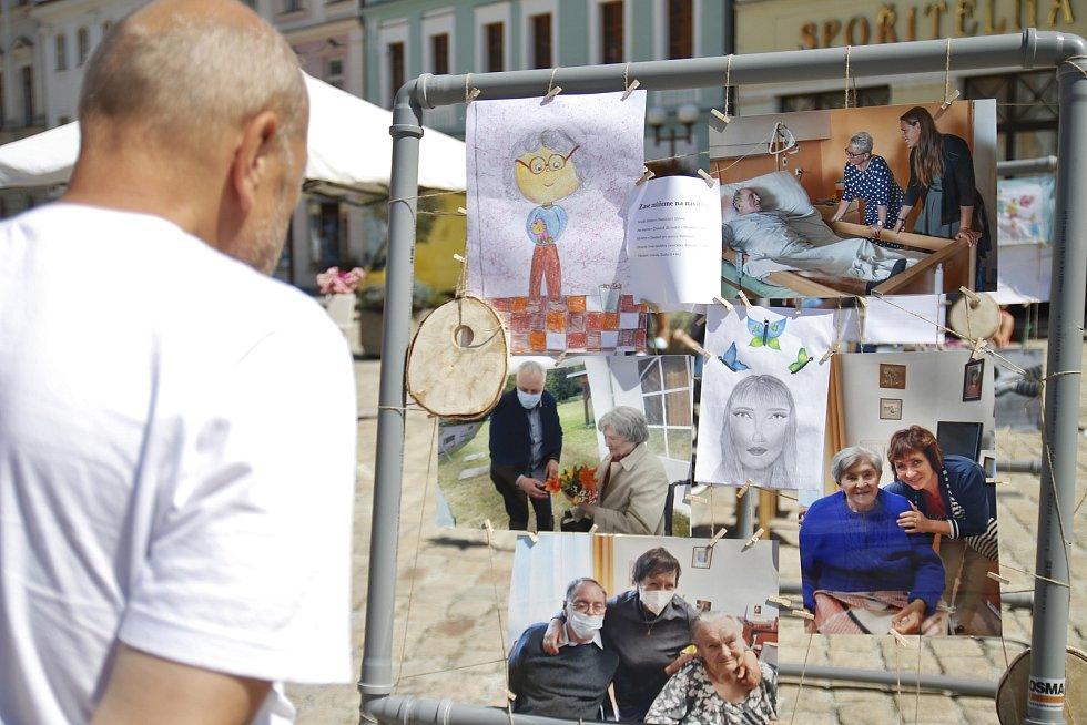 Projekt Zase Spolu 2020 na pelhřimovském Masarykově náměstí.
