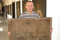 Na obrazech opatů v klauzuře želivského kláštera je zajímavý i jejich rub. Zezadu každé z devětačtyřiceti maleb je napsáno, který z bratrů stál iluzornímu portrétu modelem.