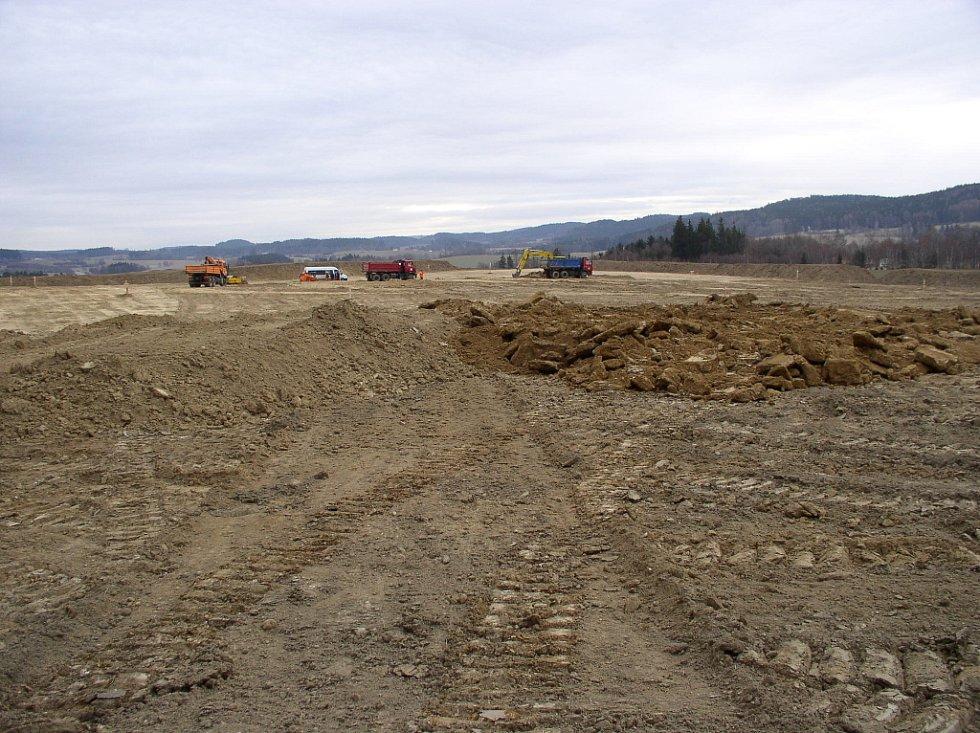 Práce na stavbě obalovny v Dehtářích jsou v plném proudu. Stav k 18. únoru 2008