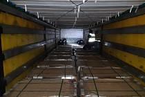 Cizinec byl schovaný v nákladním prostoru. Ilustrační foto.