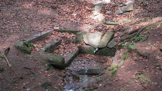 Křižná studánka nedaleko Humpolce.